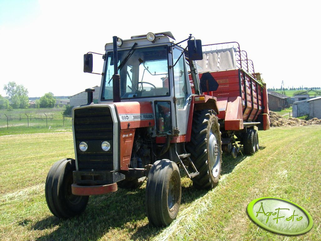 MF 690