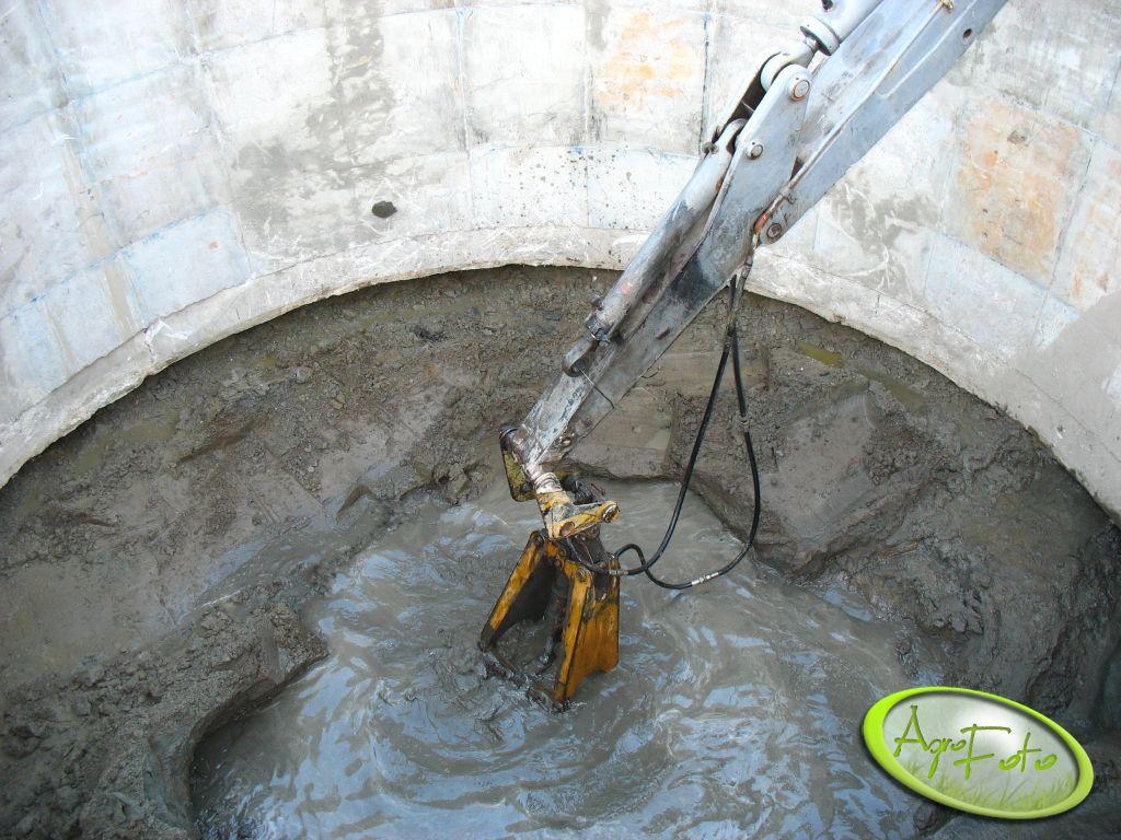 Heh wysoka woda zbiornik osadzany metoda studni zapuszczanie