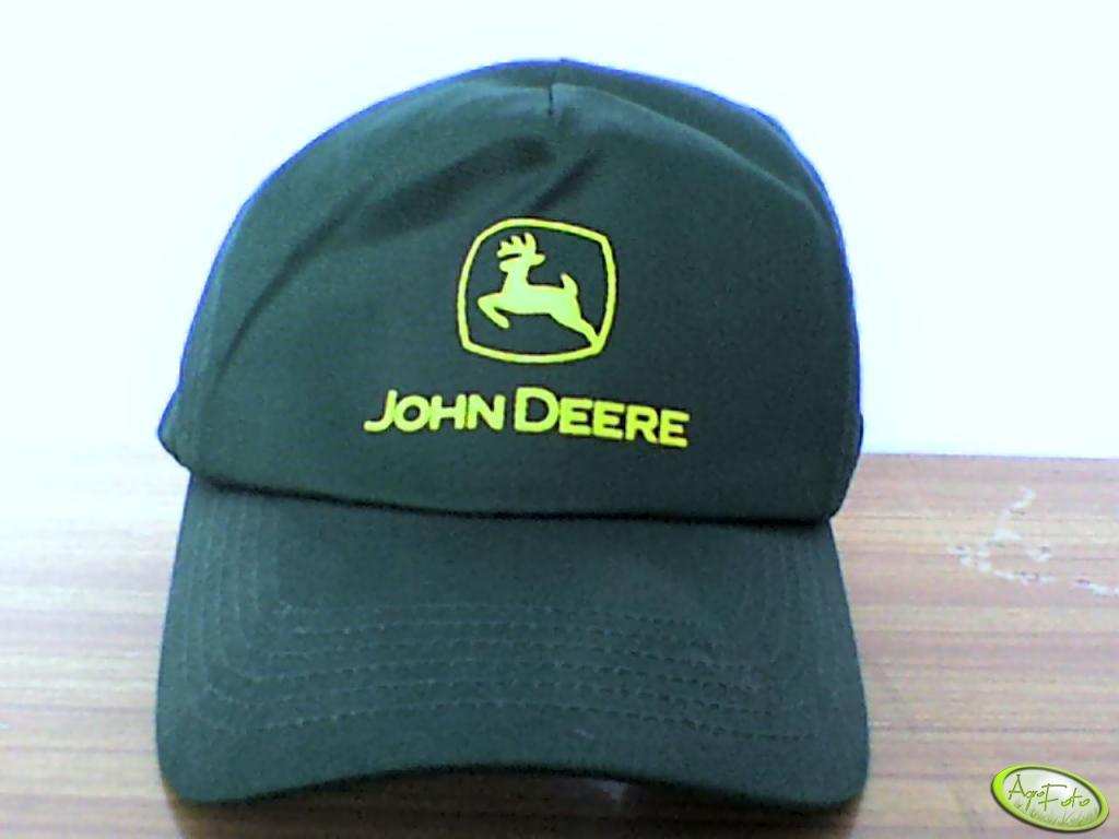 Czapeczka John Deere'a