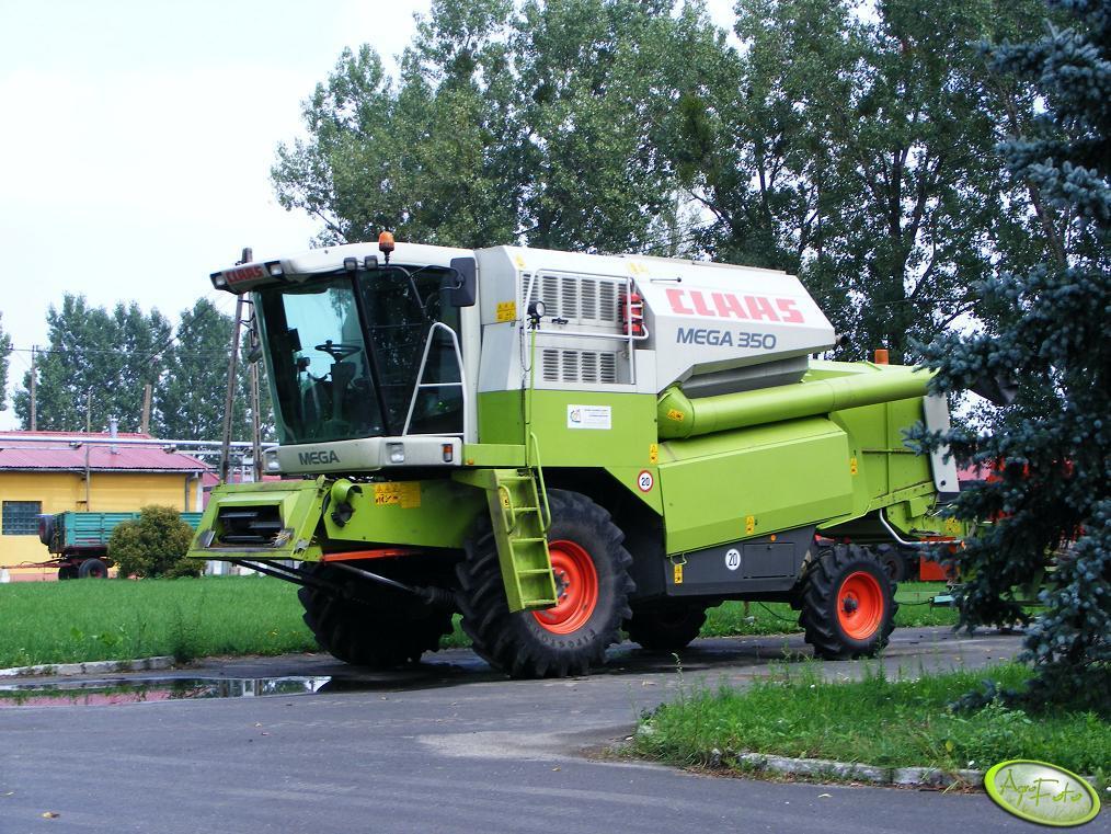 Claas Mega 350