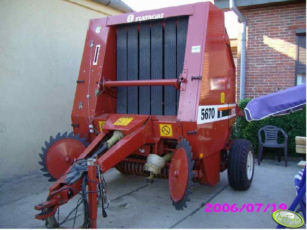 Hesston Fiatagri 5670