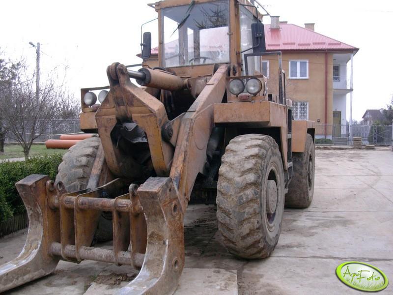 UNK-320