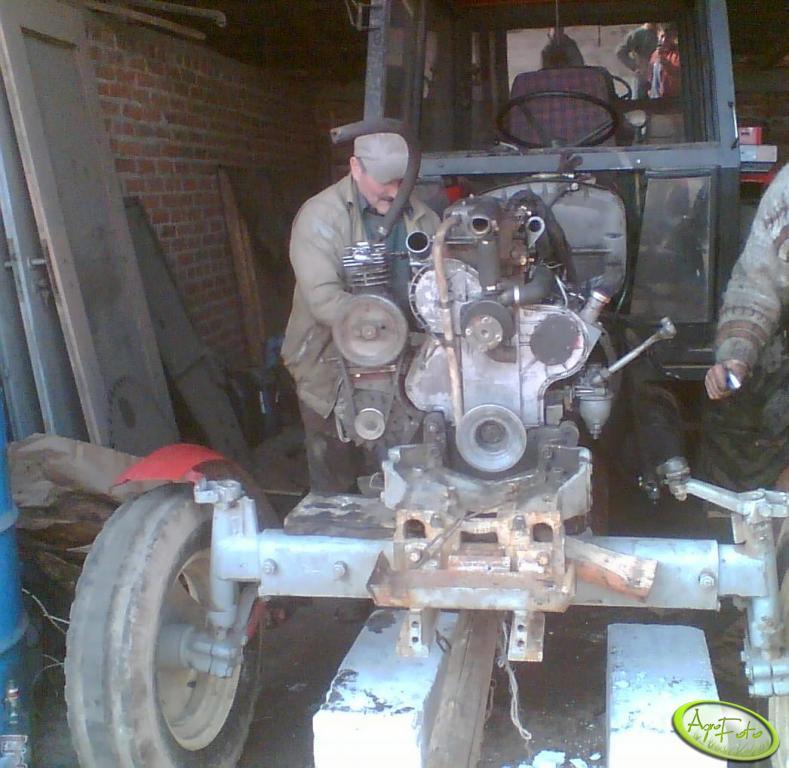 Ursus C-360 3p - remont silnika