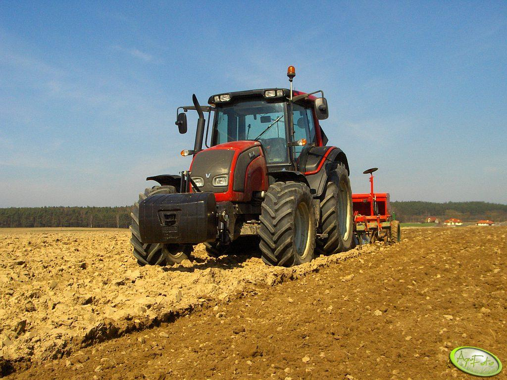 Valtra N111 + Ares TL + Poznaniak T