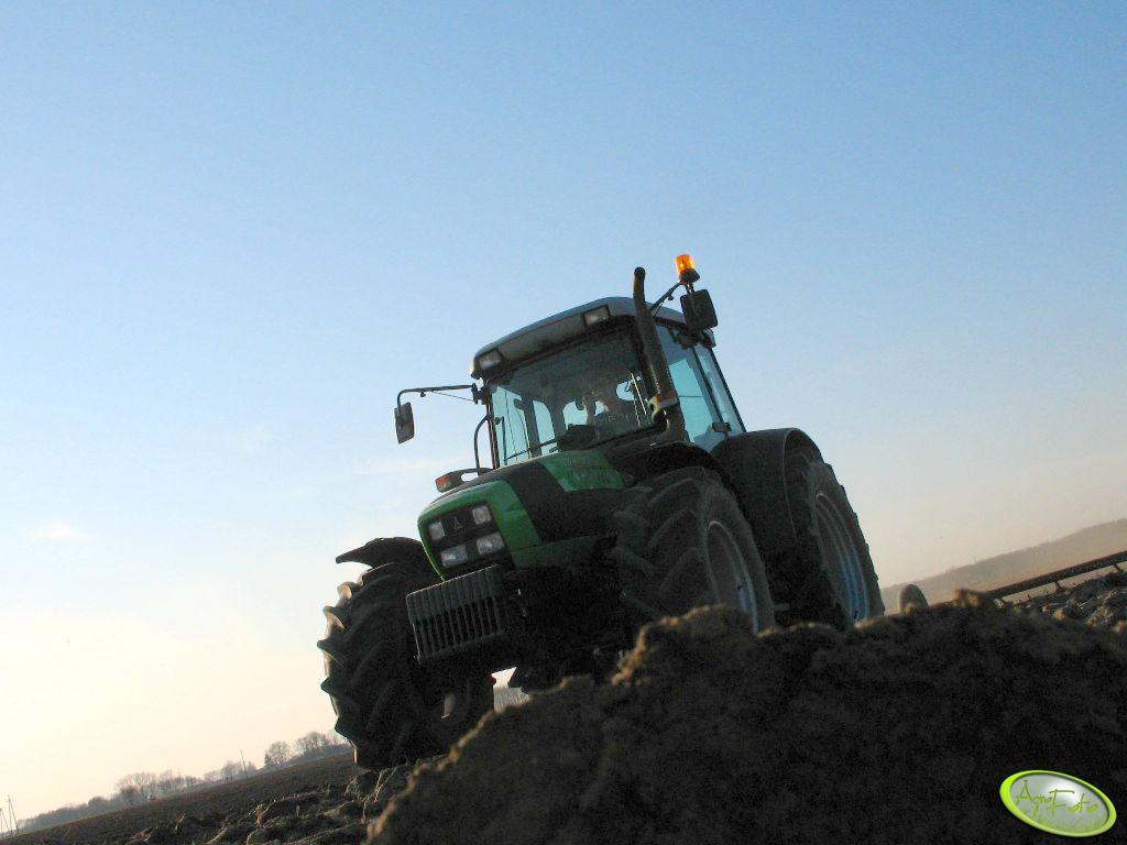 Deutz-Fahr Agrofarm 100 + brony
