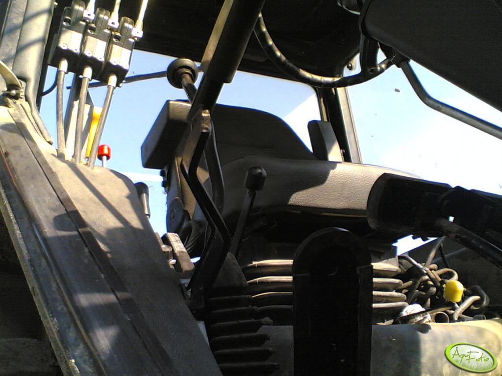 MTZ 820.2  - wnętrze