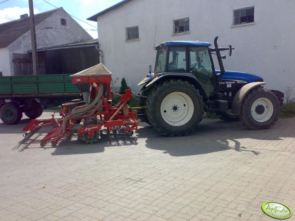 New Holland TM 130 + Kverneland Accord