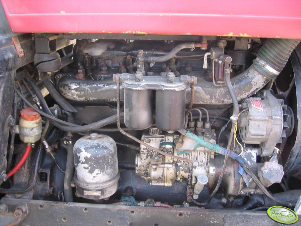 Ursus C-385 - silnik