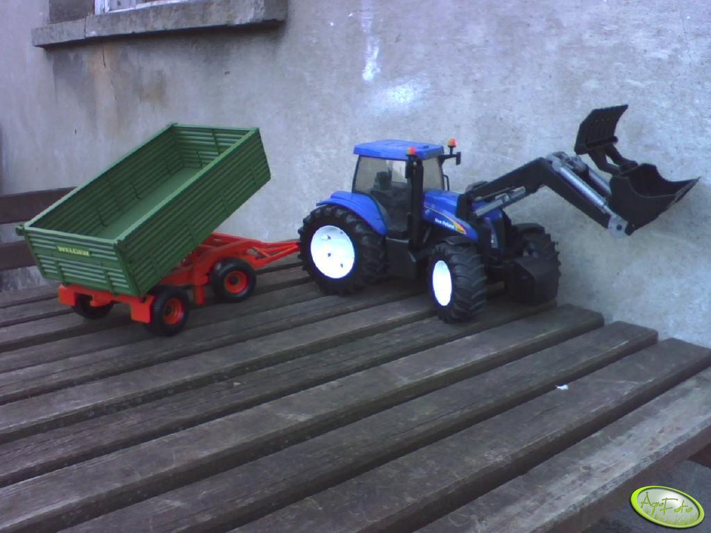 New Holland T8040+Przyczepa+TUR