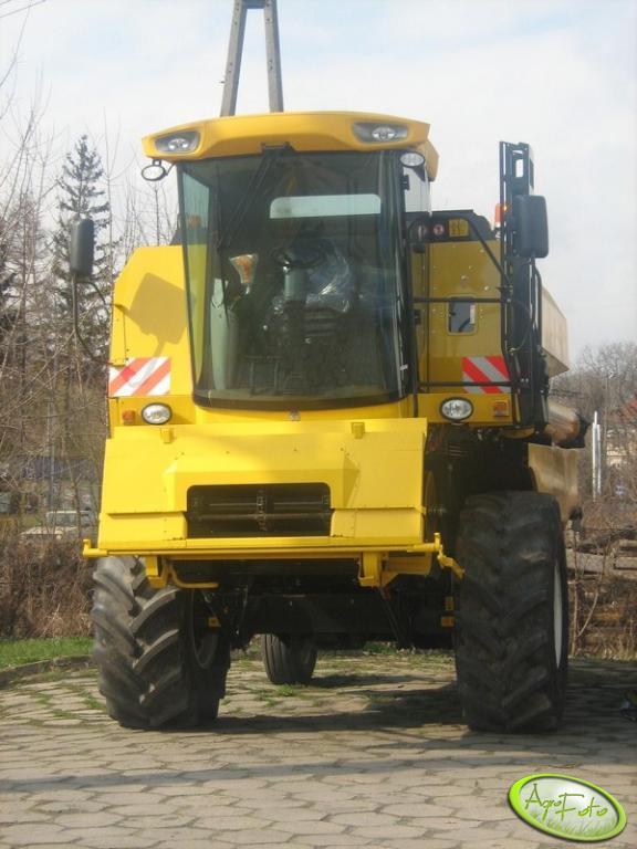 New Holland TC5050 Bizon