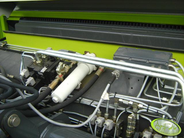 Claas Quantum 4700P - zawory