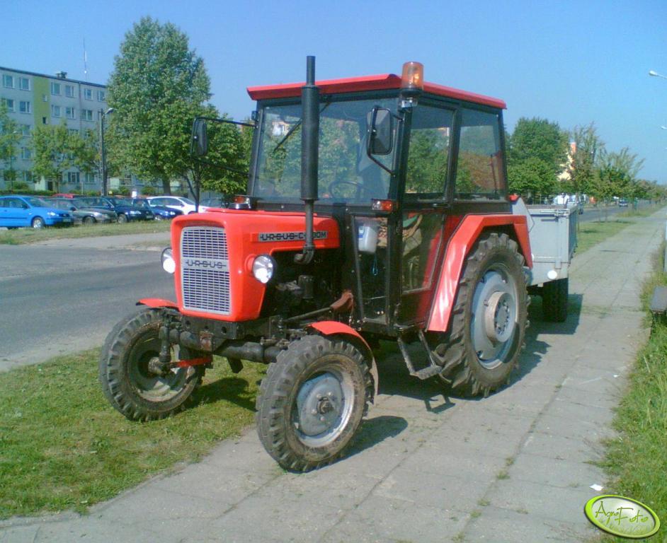 Ursus C-330 M