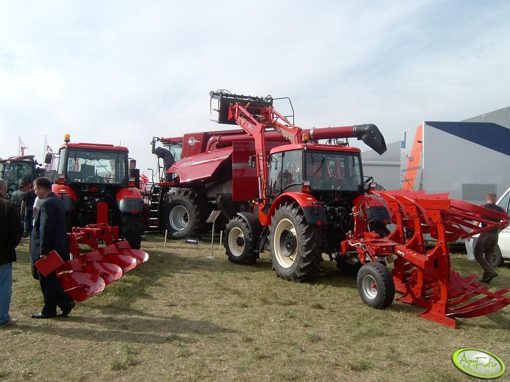 Kombajn Case i Traktory Zetor z pługami