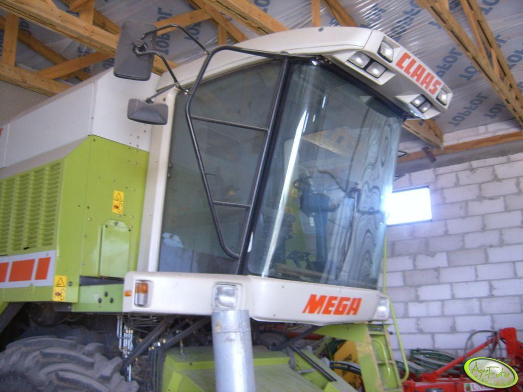 Claas Mega 204 II - Kabina