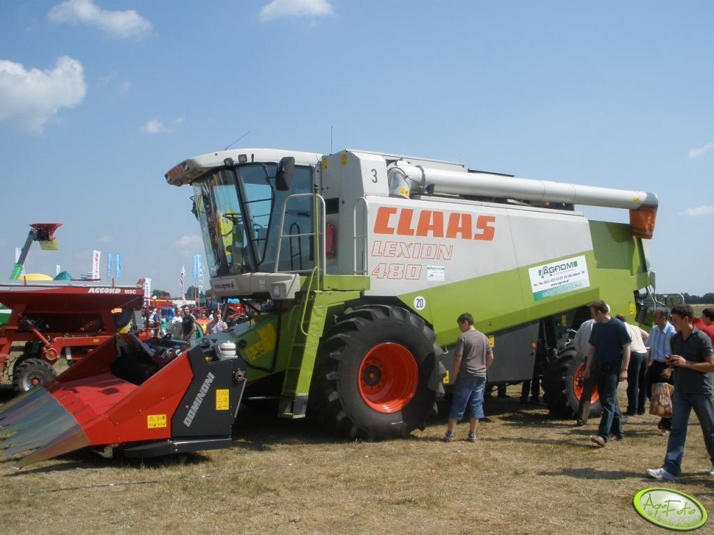 Claas Lexion 480 z hederem do kuku
