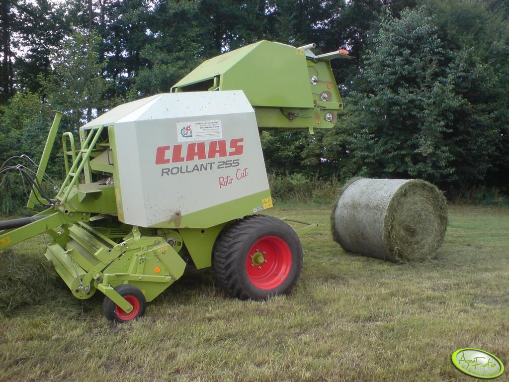Claas Rollant 255 RC