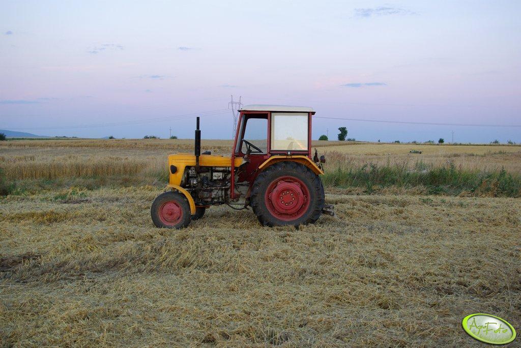 Ursus 330M
