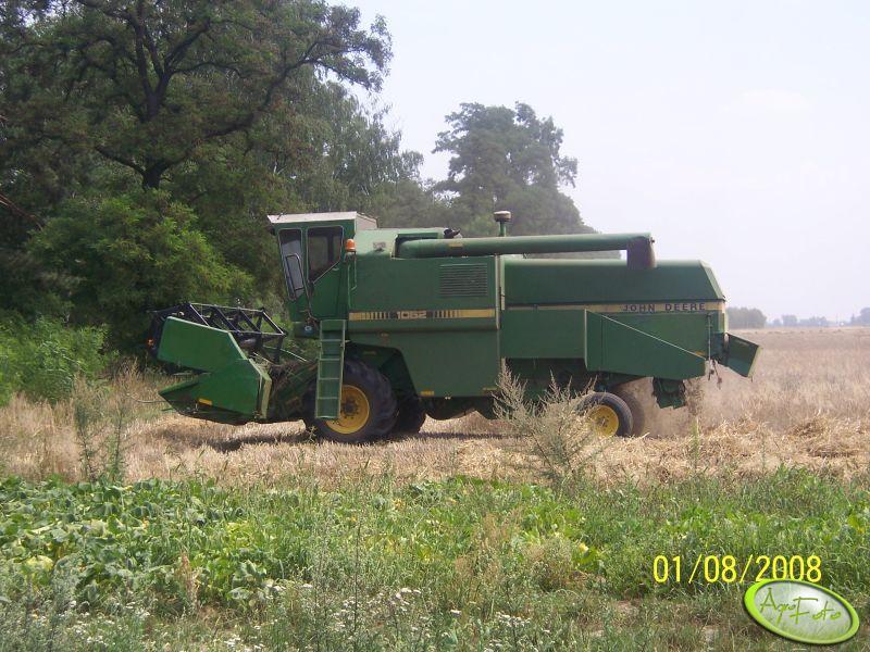 JD 1052