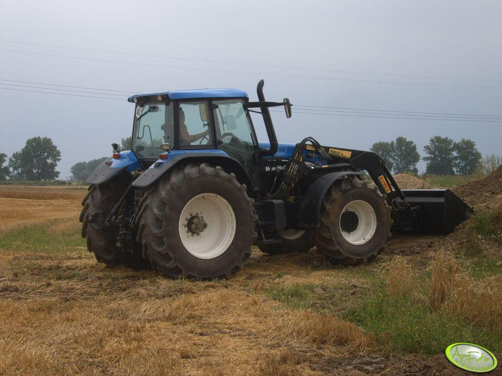 New Holland TM175 + TUR
