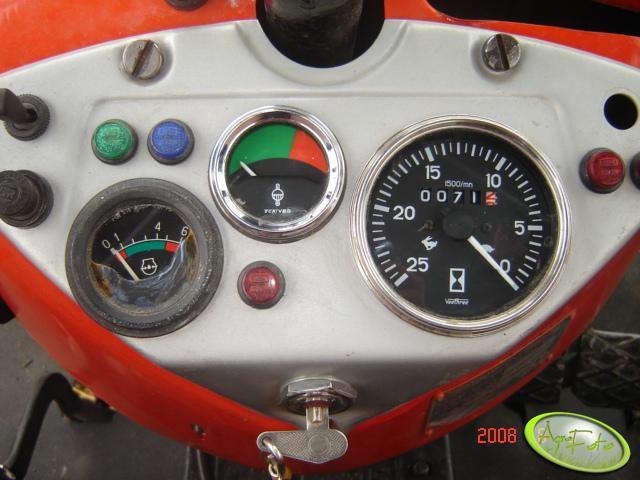 Ursus C-360 3P - zegary