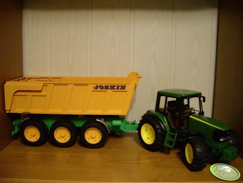 John Deere 6920 + przyczepa Joskin