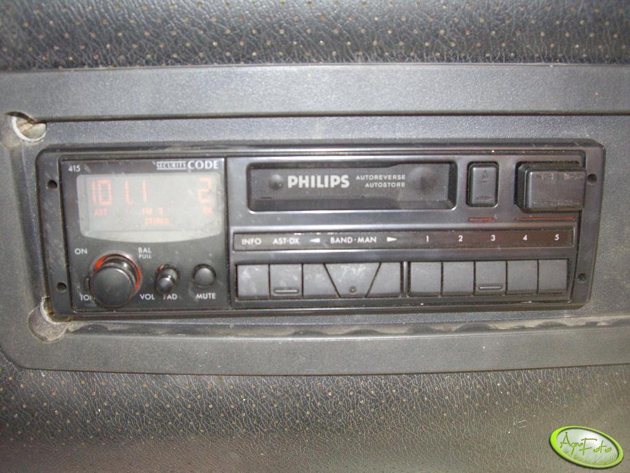 Radio w Mtz 82