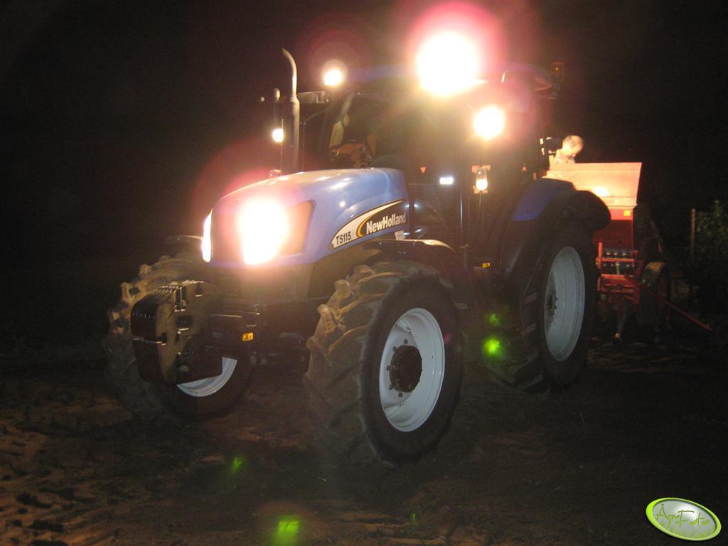 New Holland TS 115A + Famarol S074/1