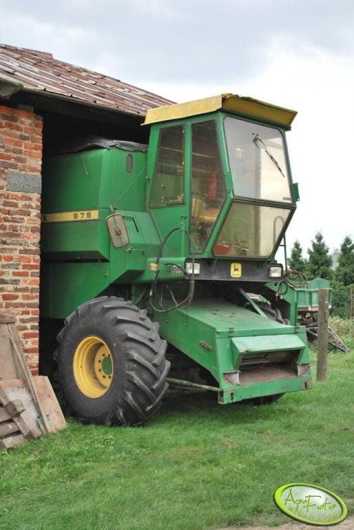 John Deere 975 garażowanie