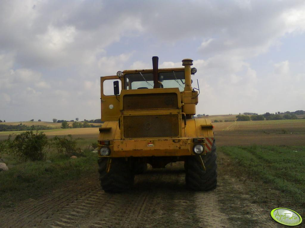 Kirowiec K700A