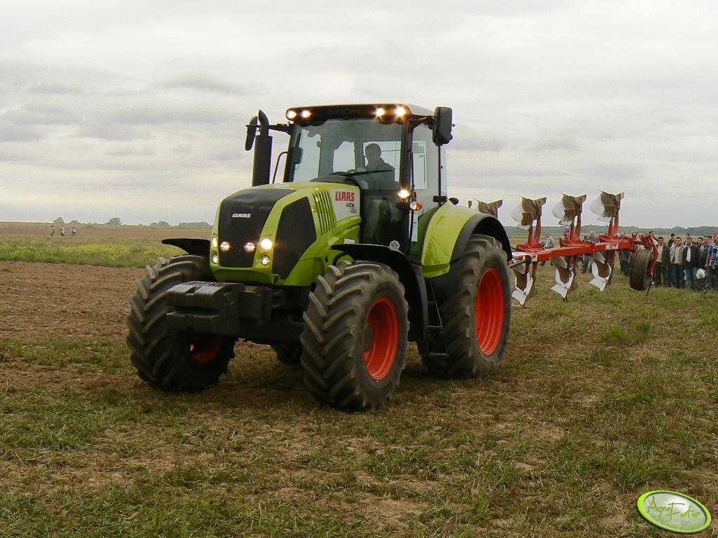 Claas Axion