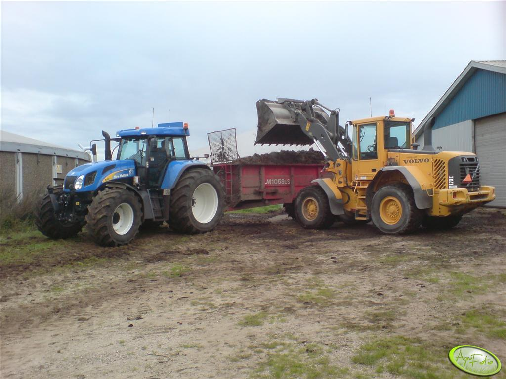 New Holland T7550 + VOLVO