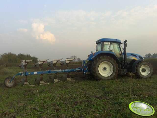 New Holland T7510 i Overum CX