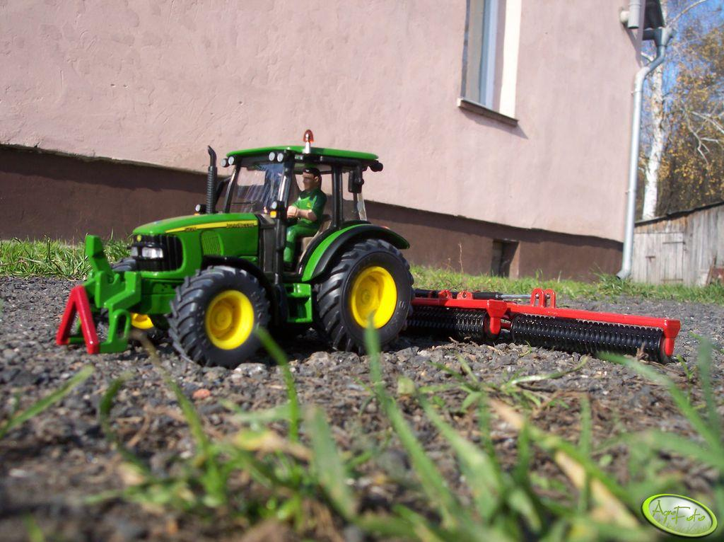 John Deere 5720+Cambridge