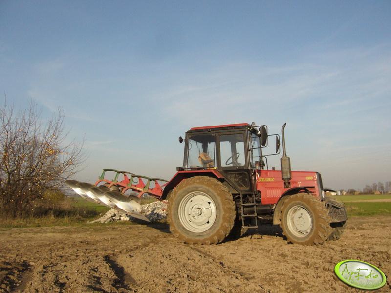 """MTZ Belarus 820 i Kverneland 14"""""""