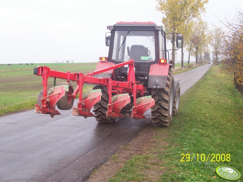 Belarus 952.2 i UG