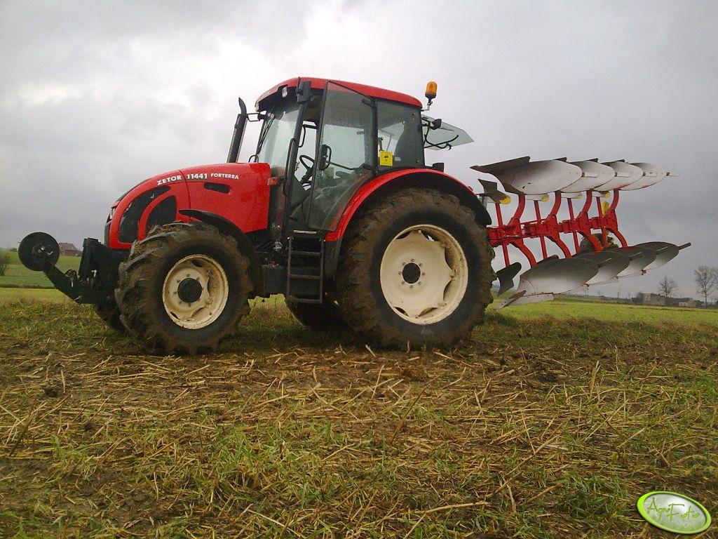 Zetor 11441 + Pottinger Servo 25