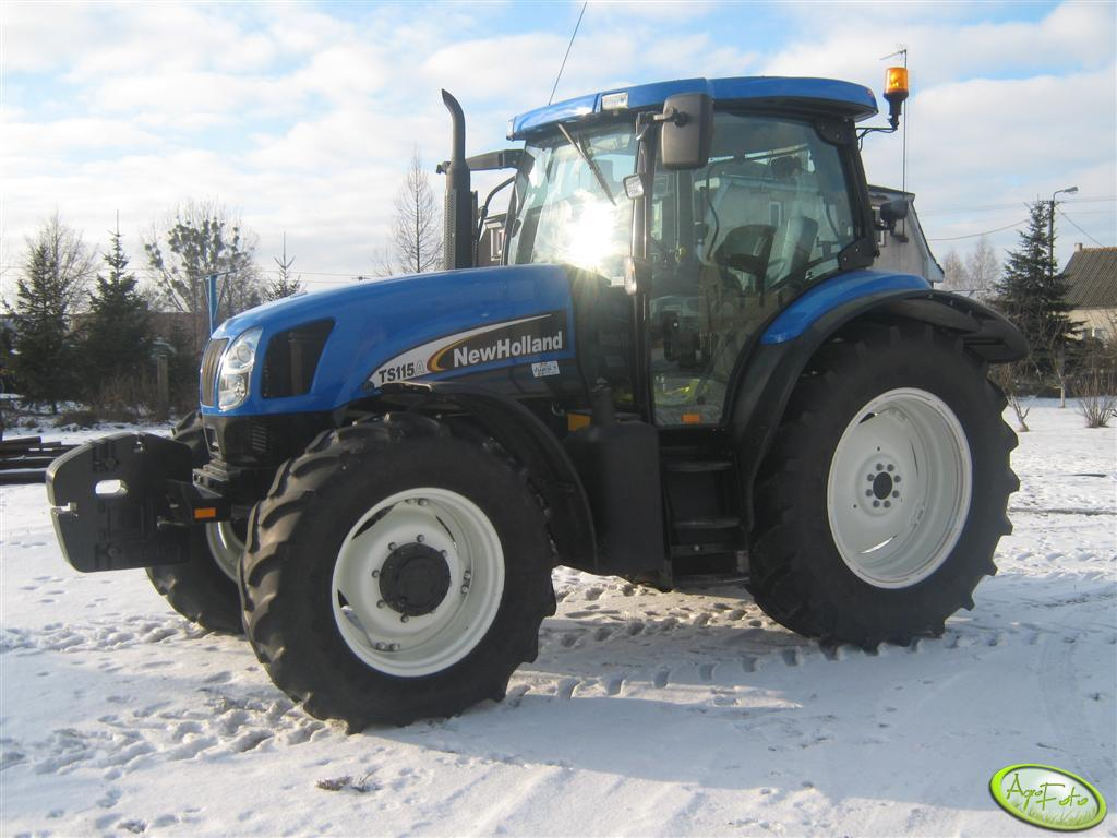 New Holland TS 115A