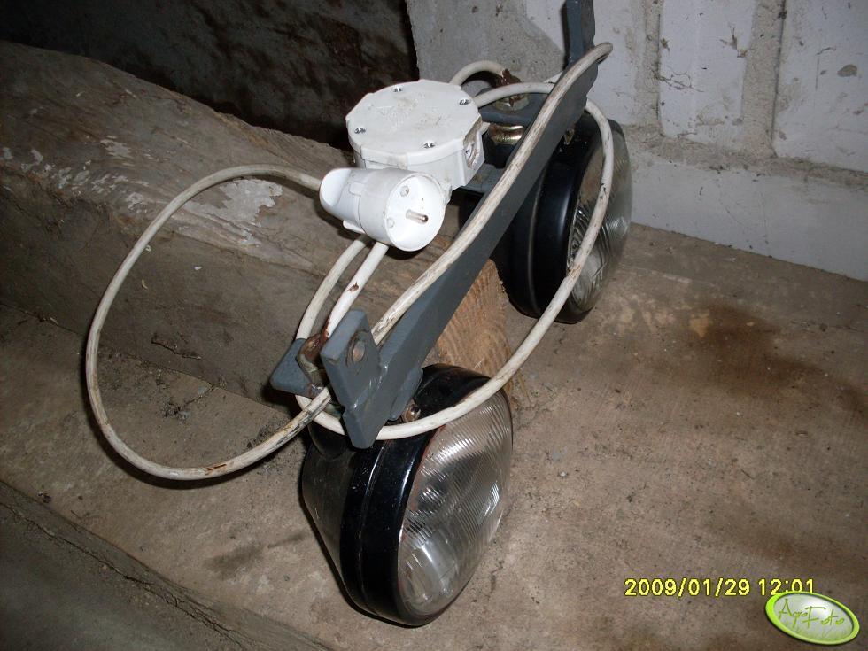 Odkręcane lampy w C-330