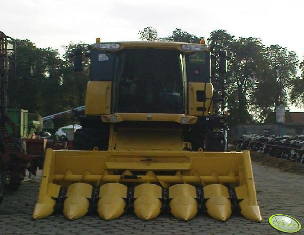 New Holland Cx880