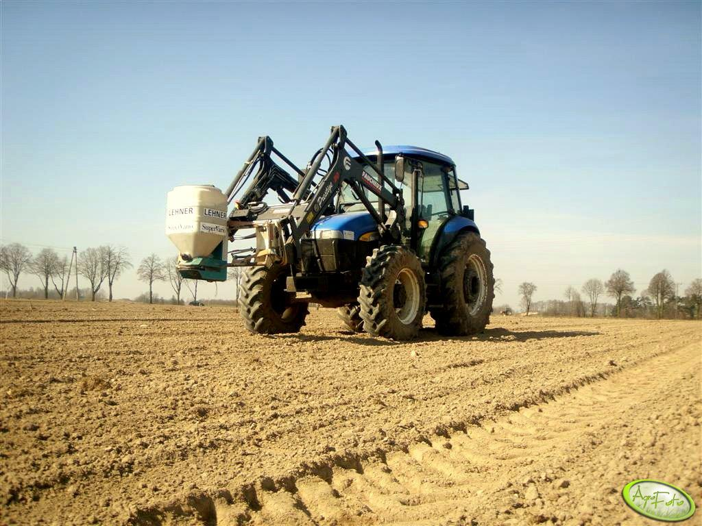 New Holland TD80D Plus + Lehner