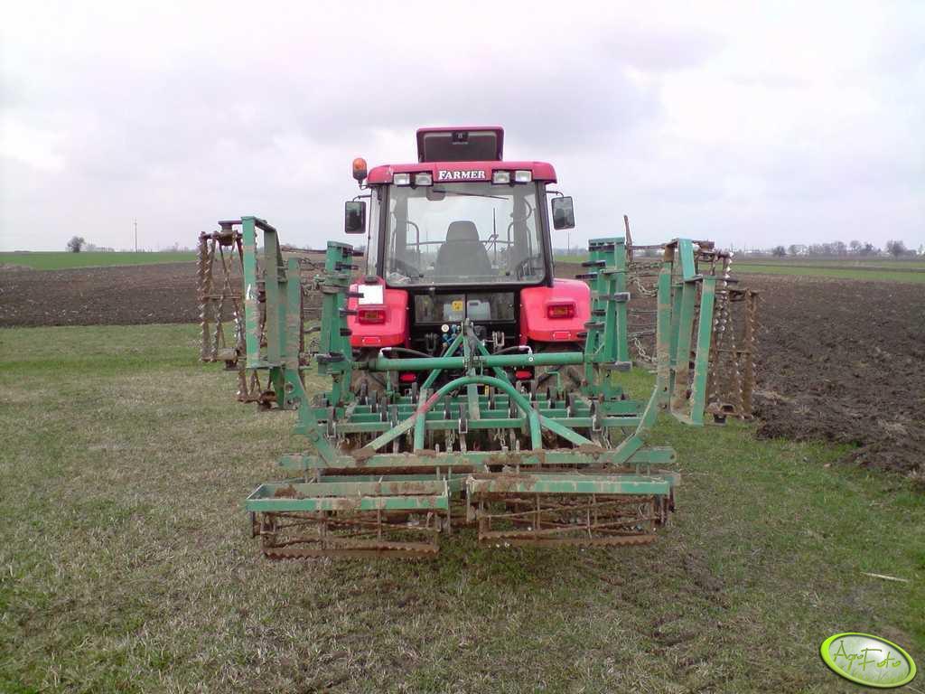 Farmer 8244 + agregat