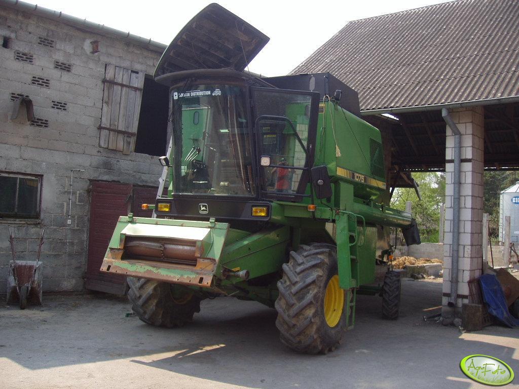 JD 1075