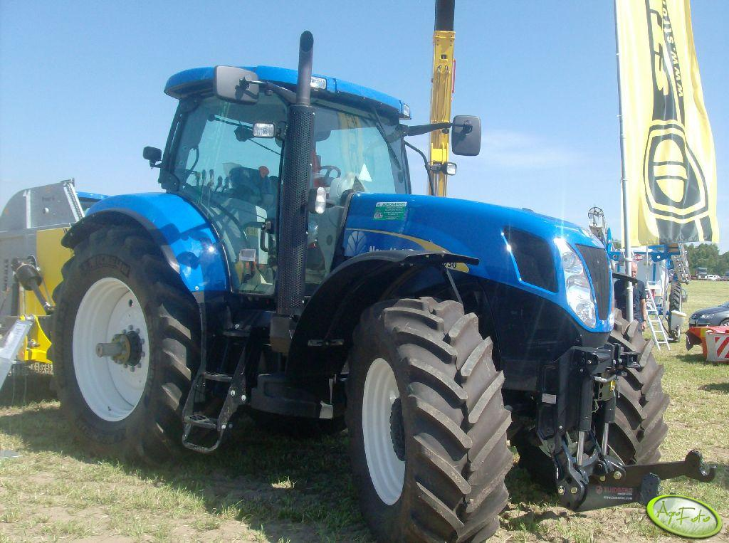 New Holland 7030
