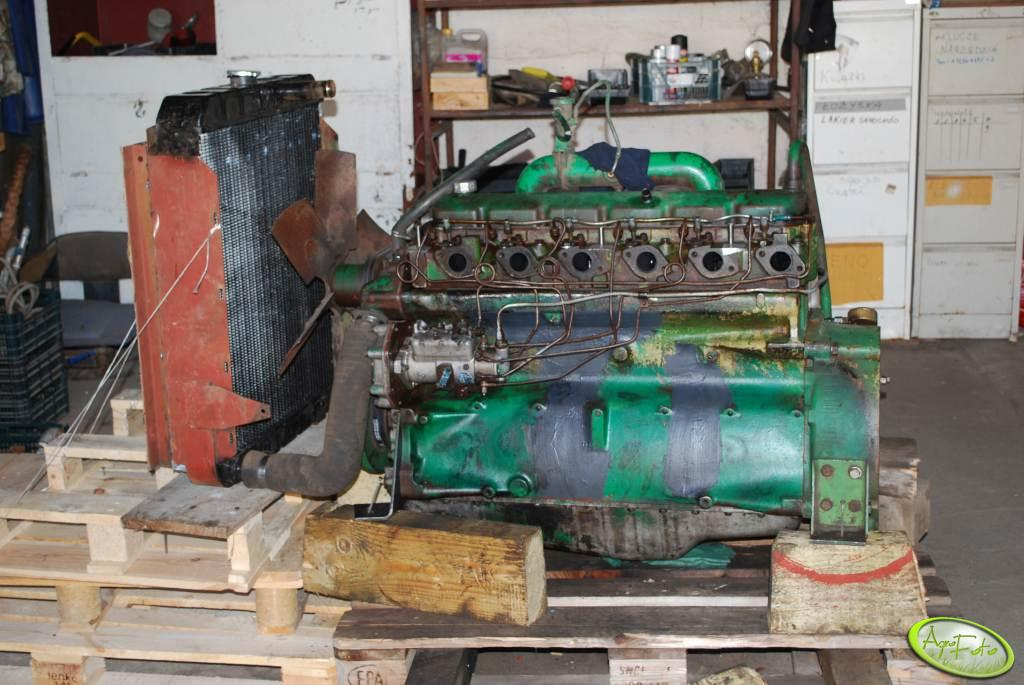 John Deere 975 silnik