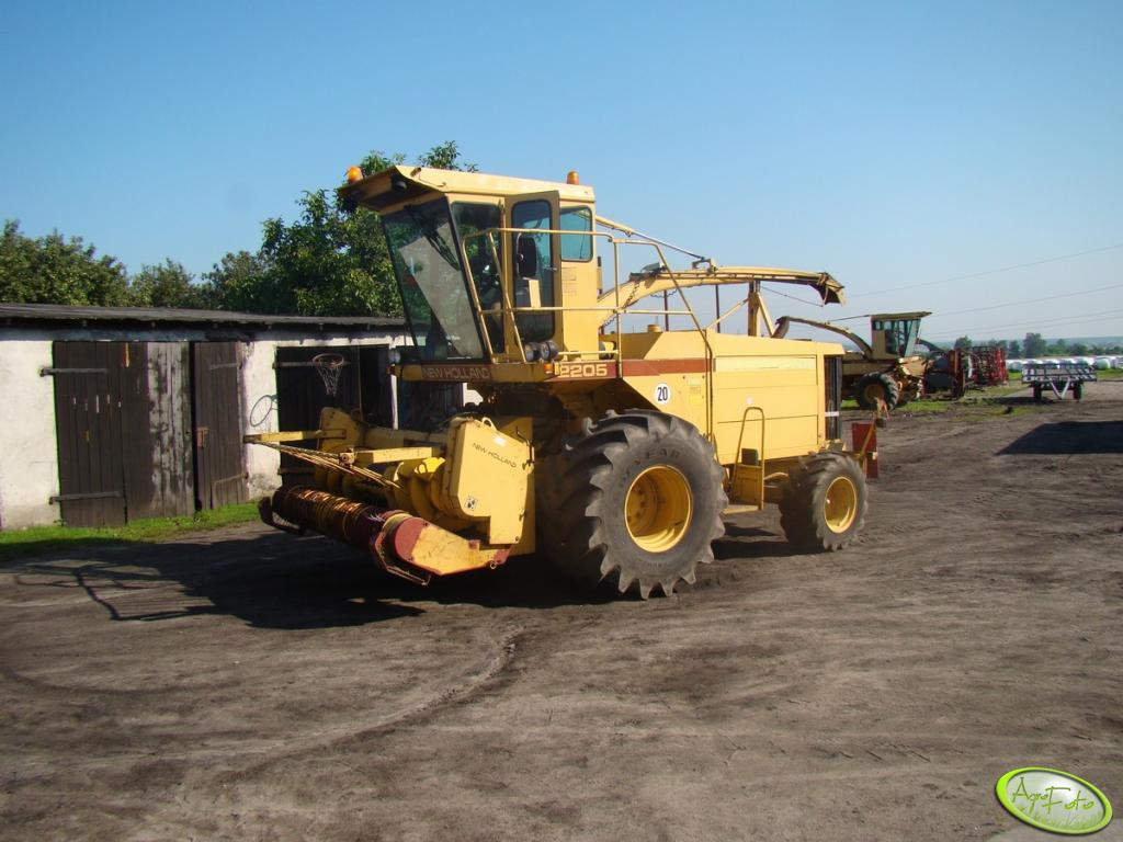 New Holland 2205