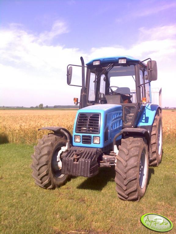 MTZ Belarus 820.2