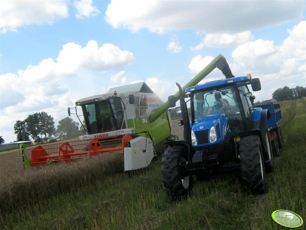 Claas Medion 310 & New Holland TS 115A