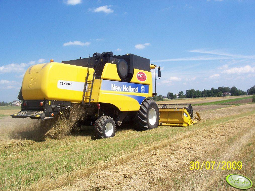 New Holland CSX 7040