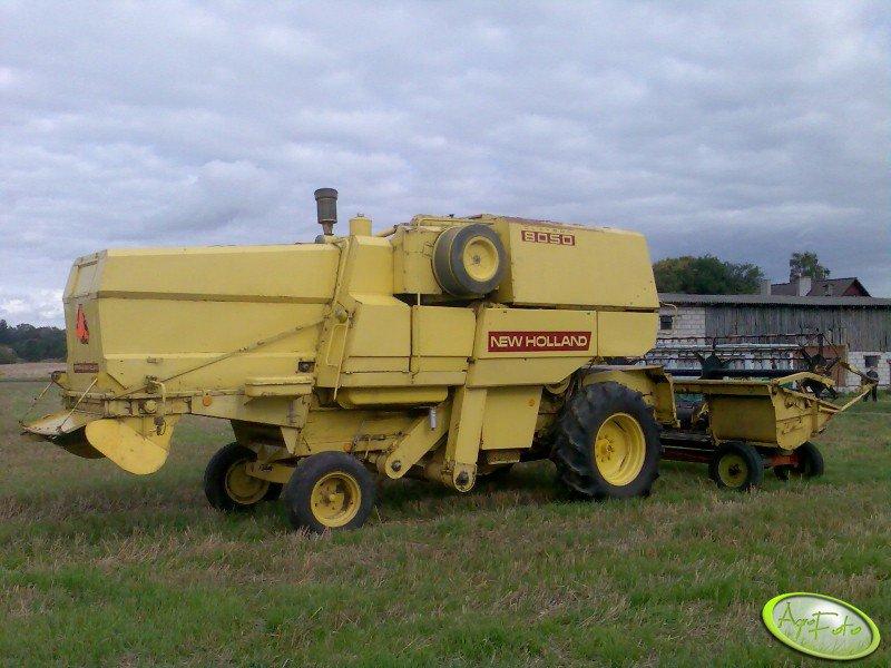 New Holland 8050