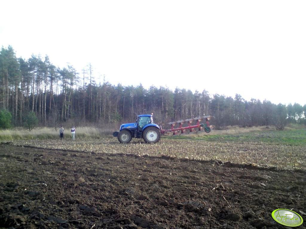 New Holland T7040 + Kverneland